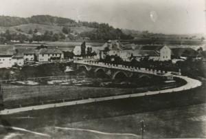 von-der-hilmer-seite-hilmseitig-noch-kein-gebaeude-und-in-kematen-noch-keine-kirche-vermutlich-vor-1929